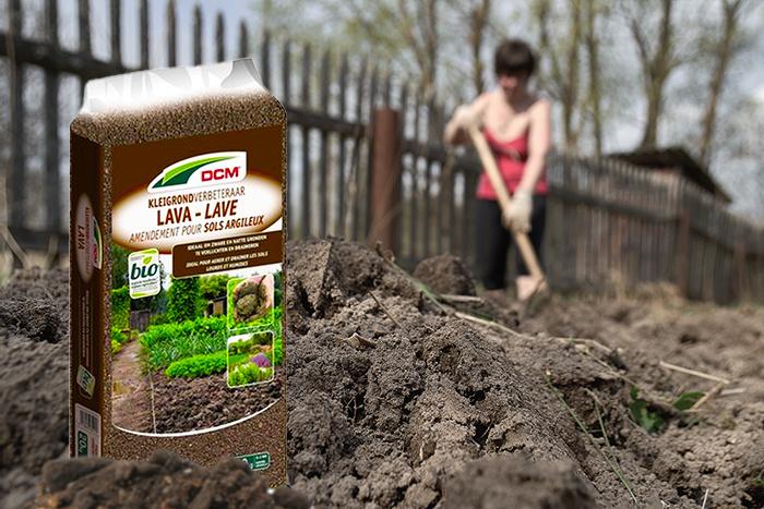 De voordelen van lavameel bij tuinieren op kleigrond