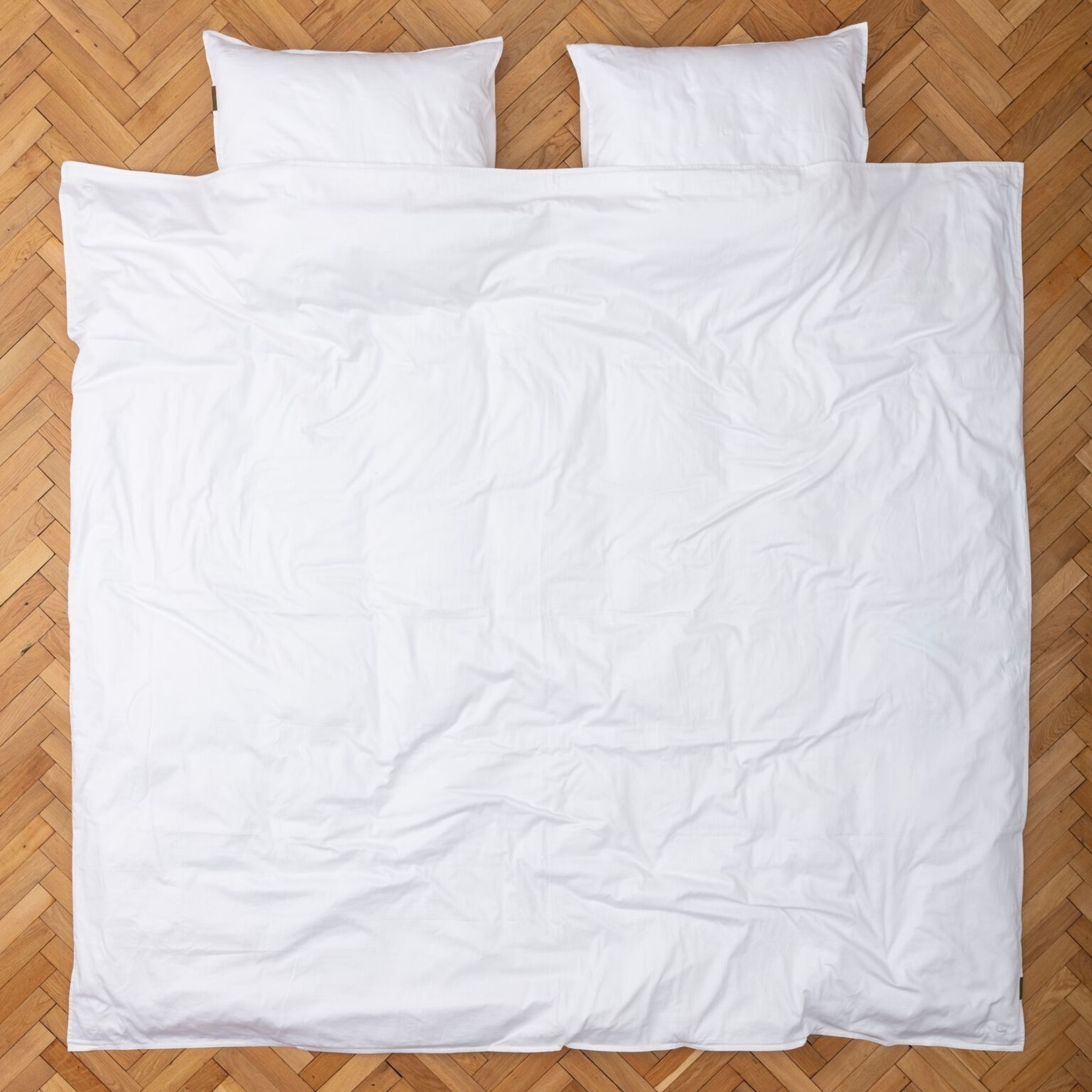 Four Leaves Four Leaves Nayakakanda sateen white with white leaves sustainable duvet cover