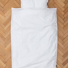 Four Leaves Four Leaves Nayakakanda sateen white with glow in the dark leaves junior sustainable duvet cover