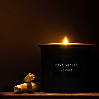 Four Leaves Four Leaves Unwind scented candle