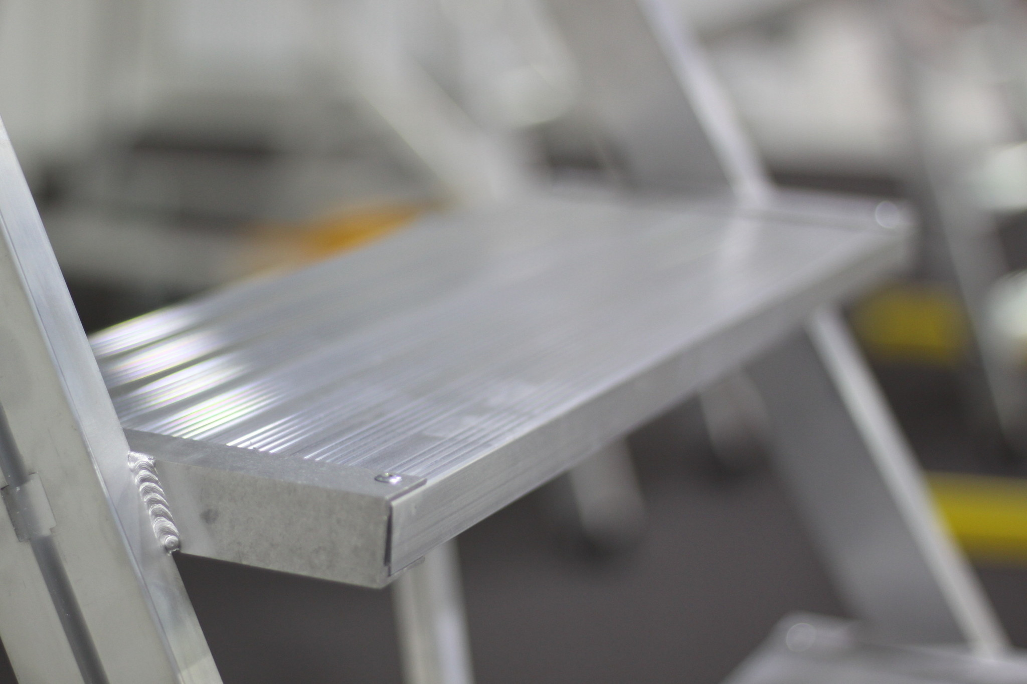 Aluminium ribbelprofiel treden
