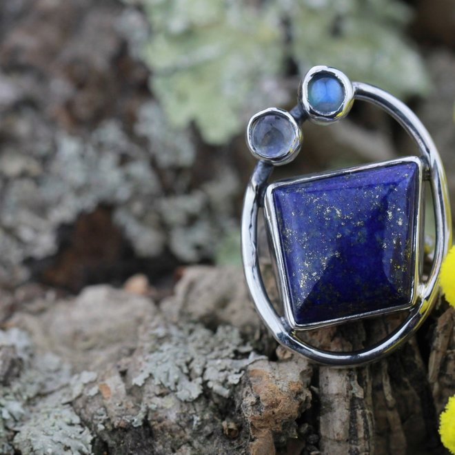 Lapis lazuli ring 'Modern Art'