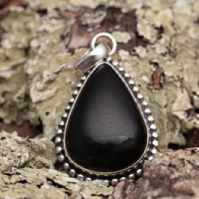 Zwarte toermalijn hanger 'Bimdu'