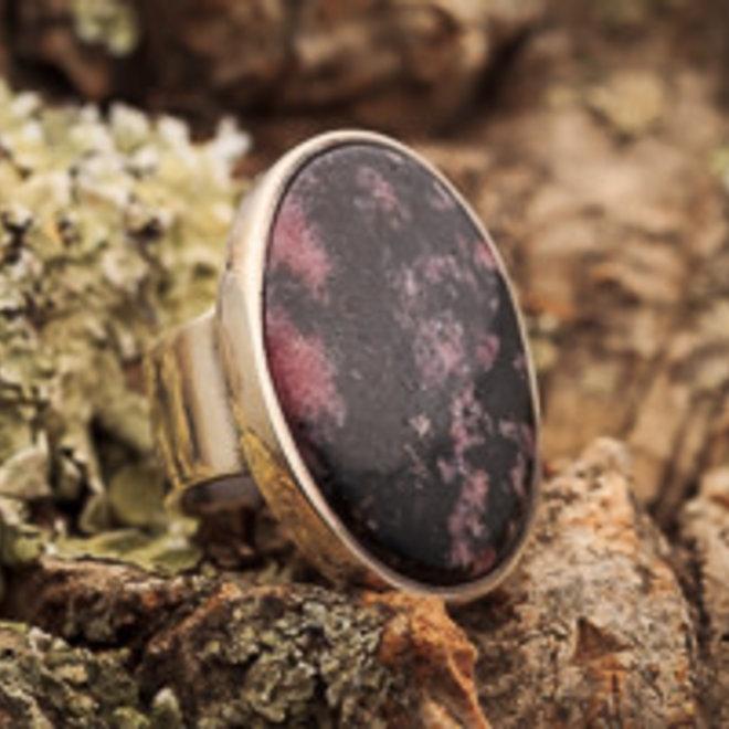 Ring Rhodoniet