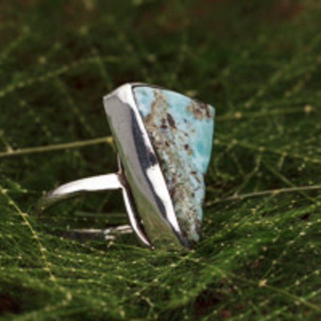 Larimar ring 'Tres'