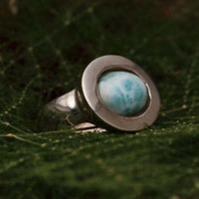 Larimar ring 'Regaliz', gezet in 925 zilver