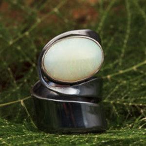 Black silver Ring Opaal Verstelbaar