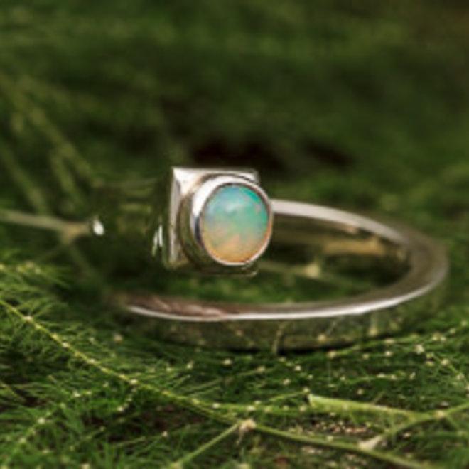 Ethiopische Welo opaal open ring 'Aperta'