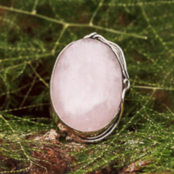 Ring Rozenkwarts Ovaal Floraal