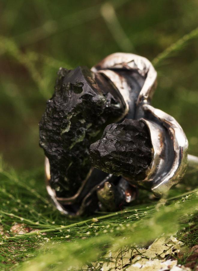 Open Ring Ruwe Moldaviet Twee stenen