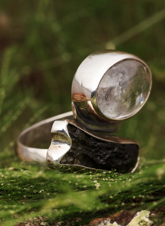 Ring Moldaviet met Bergkristal