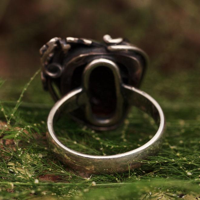 Tektiet ring 'Space', gezet in 925 zilver in eigen atelier