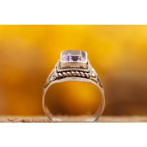 Ring Amethist Vierkant