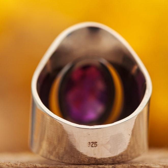 Amethist ring 'Tube'