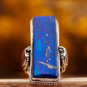 Antieke Ring Lapis Lazuli met Bloedkoraal Rechthoek