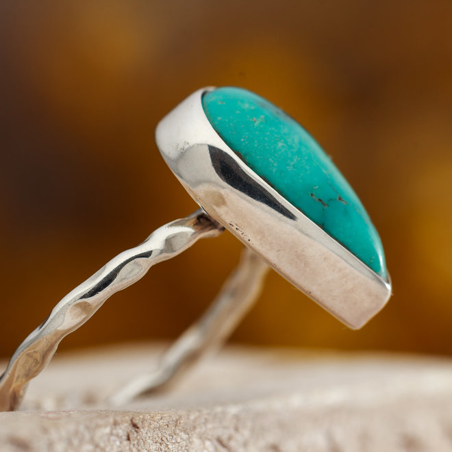 Turkoois ring 'Caerula' gezet in 925 zilver