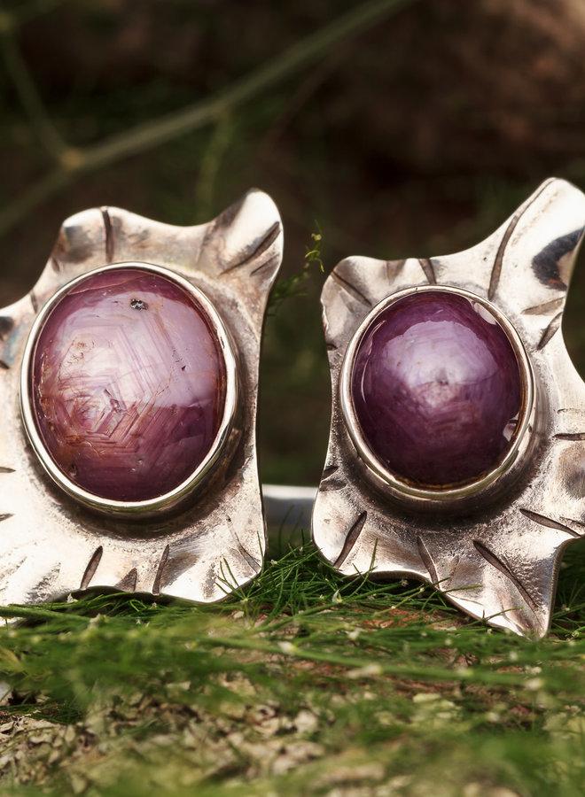 Robijn ring 'Flores duo' gezet in 925 zilver