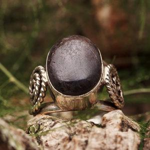 Ring Robijn Ovaal met Spiraal
