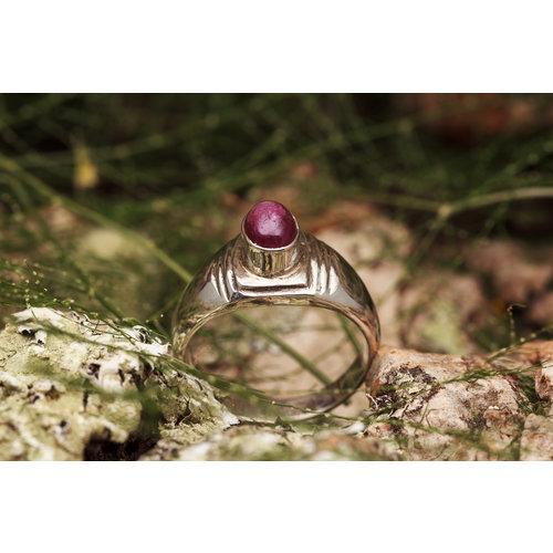 Robijn ring 'Sulcus'