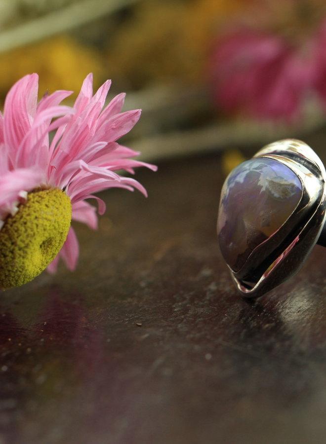 Australische opaal Lightning Ridge ring 'Terra' gezet in 925 zilver uit eigen atelier