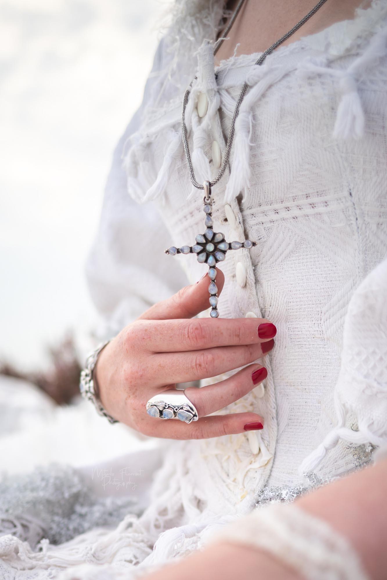 bruidsshoot sieraad maansteen