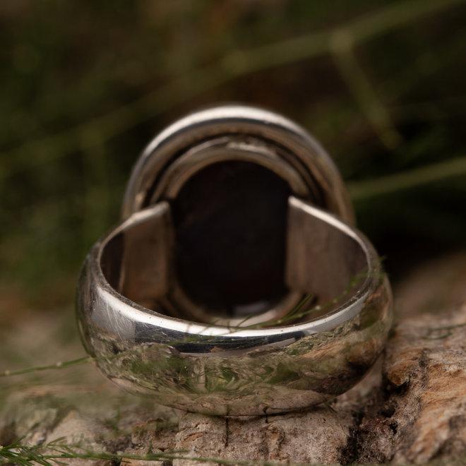 Robijn ring 'Hagl' gemaakt van 925 zilver
