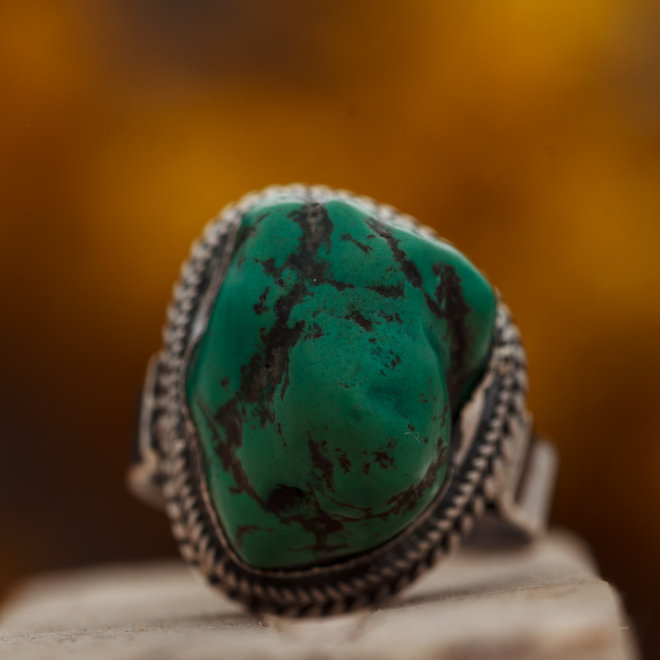 Ring Turkoois 'Fé' is gezet in 925 zilver