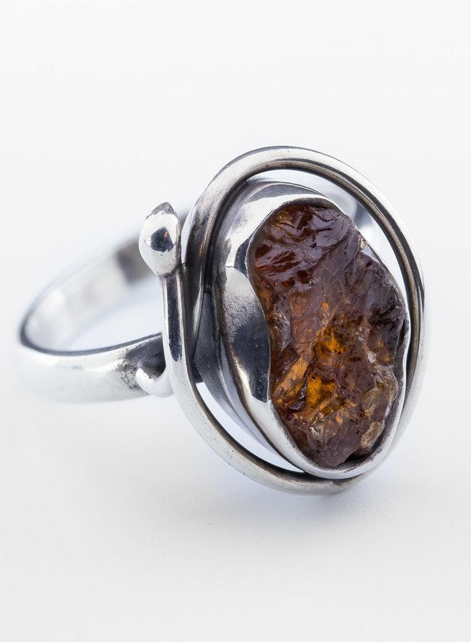 Granaat ring 'Curl'