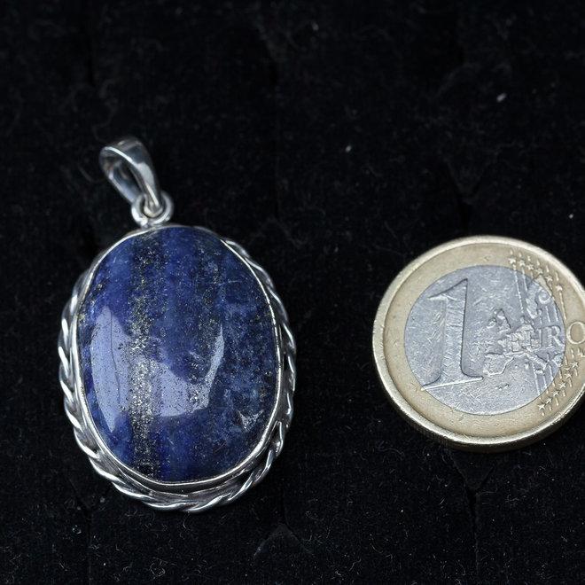 Lapis lazuli hanger 'Örüm' uit eigen atelier van 925 zilver
