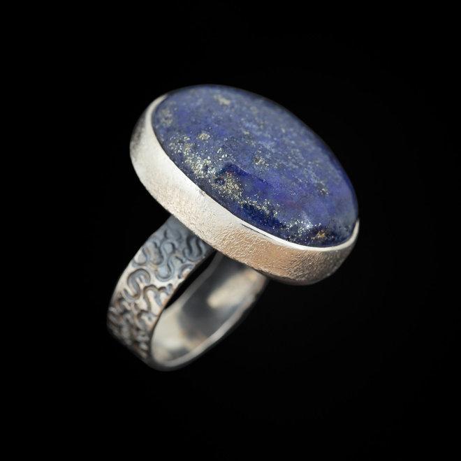 Lapis lazuli ring 'Gowy'