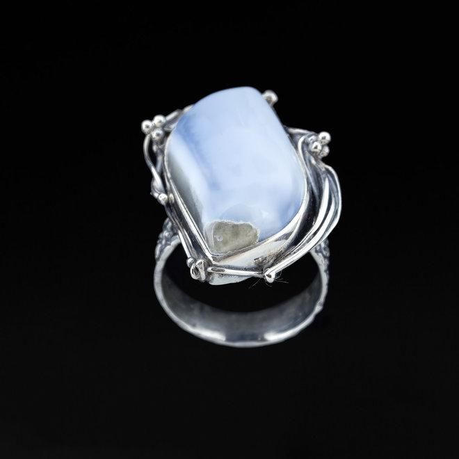 Blauwe Owyhee opaal ring 'Lake', uit eigen atelier in 925 zilver