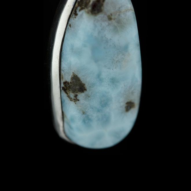 Larimar Hanger 'Stonehenge', gezet in 925 zilver uit eigen atelier