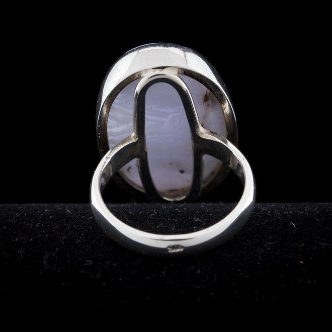 Blauwe chalcedoon ring 'Darius', gezet in 925 zilver uit eigen atelier