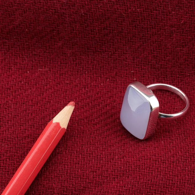 Blauwe chalcedoon ring 'Xerxes', gezet in 925 zilver uit eigen atelier