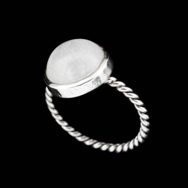 Maansteen ring 'Punjab', gezet in 925 zilver uit atelier in India