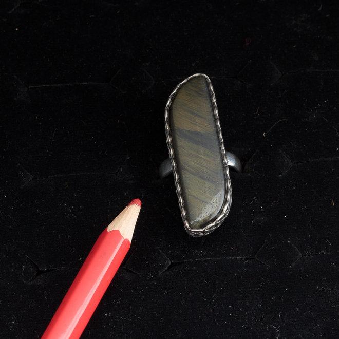 Valkenoog ring 'Bodil', gezet in 925 zilver uit eigen atelier