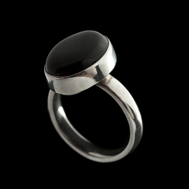 Rode onyx ring 'Anat'