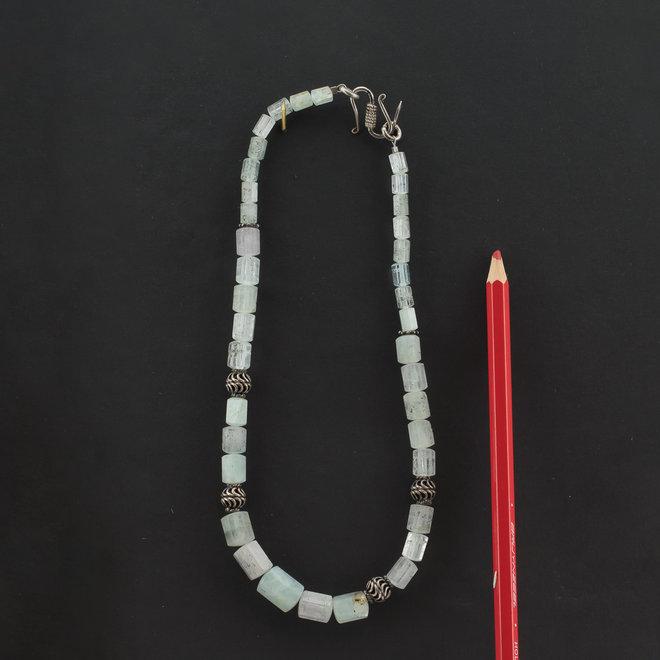 Aquamarijn ketting 'Minerva', uit eigen kralenatelier