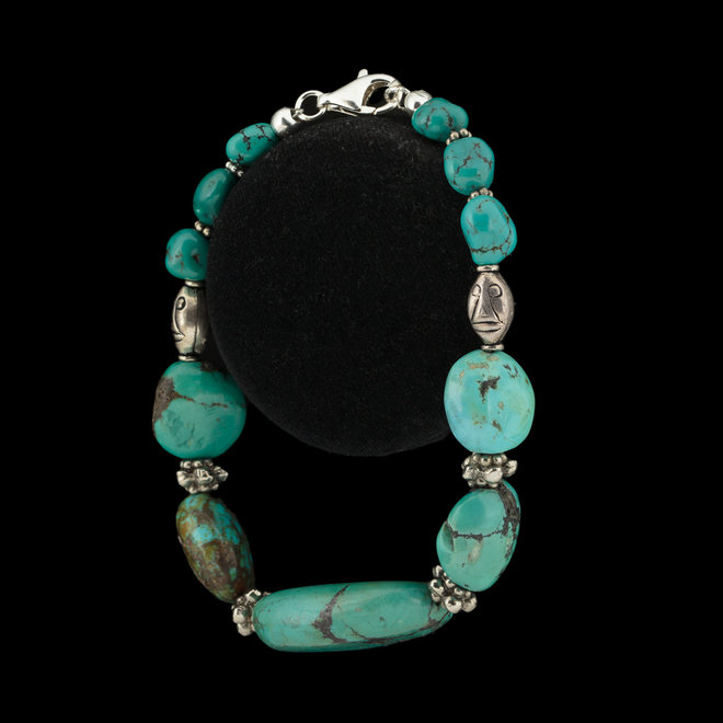 Turkoois armband 'Maya', uit eigen kralen atelier