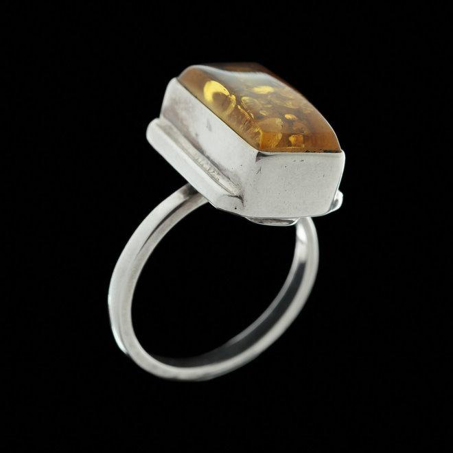Barnsteen ring 'Saga'