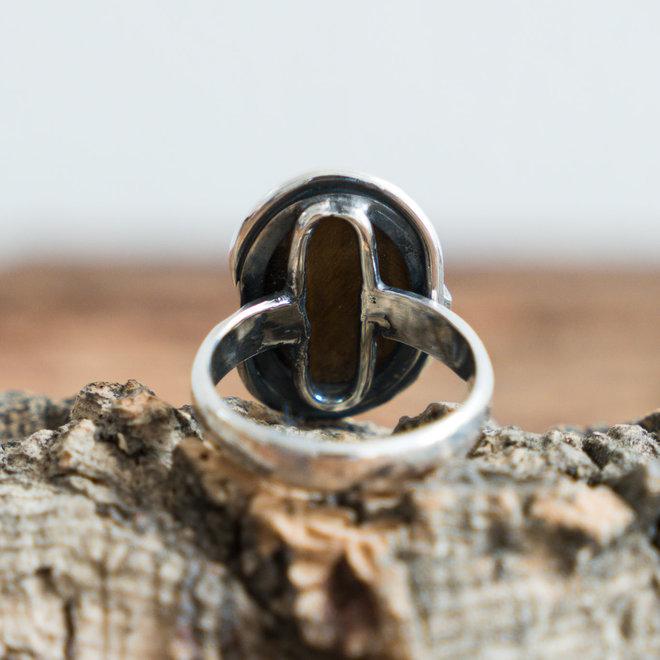 Tijgeroog ring 'Tigre' gezet in 925 zilver uit eigen atelier