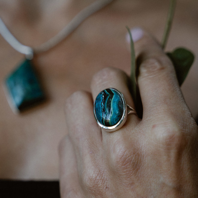 Azuriet ring 'Bled', gezet in 925 zilver