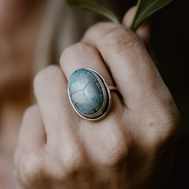 Amazoniet scarabee ring 'Ra', gezet in 925 zilver uit eigen atelier