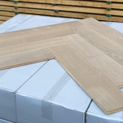 Europees eiken duoplank visgraat XL white wash hardwaxolie 12x120x600 mm