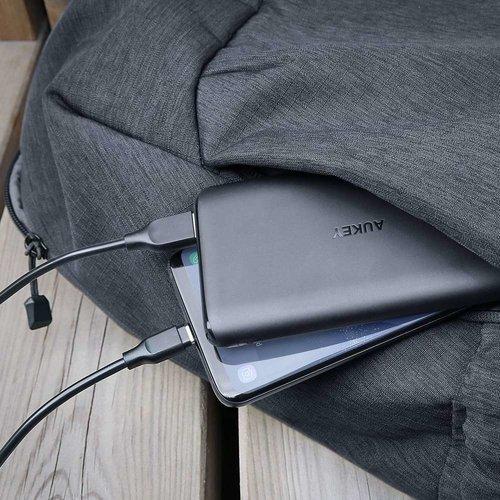 Aukey USB-C Powerbank 10000mAh PB-XN10 (Zwart)