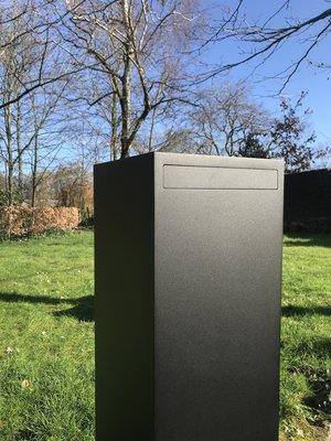 Mailbox design Brievenbus Pillar 1000