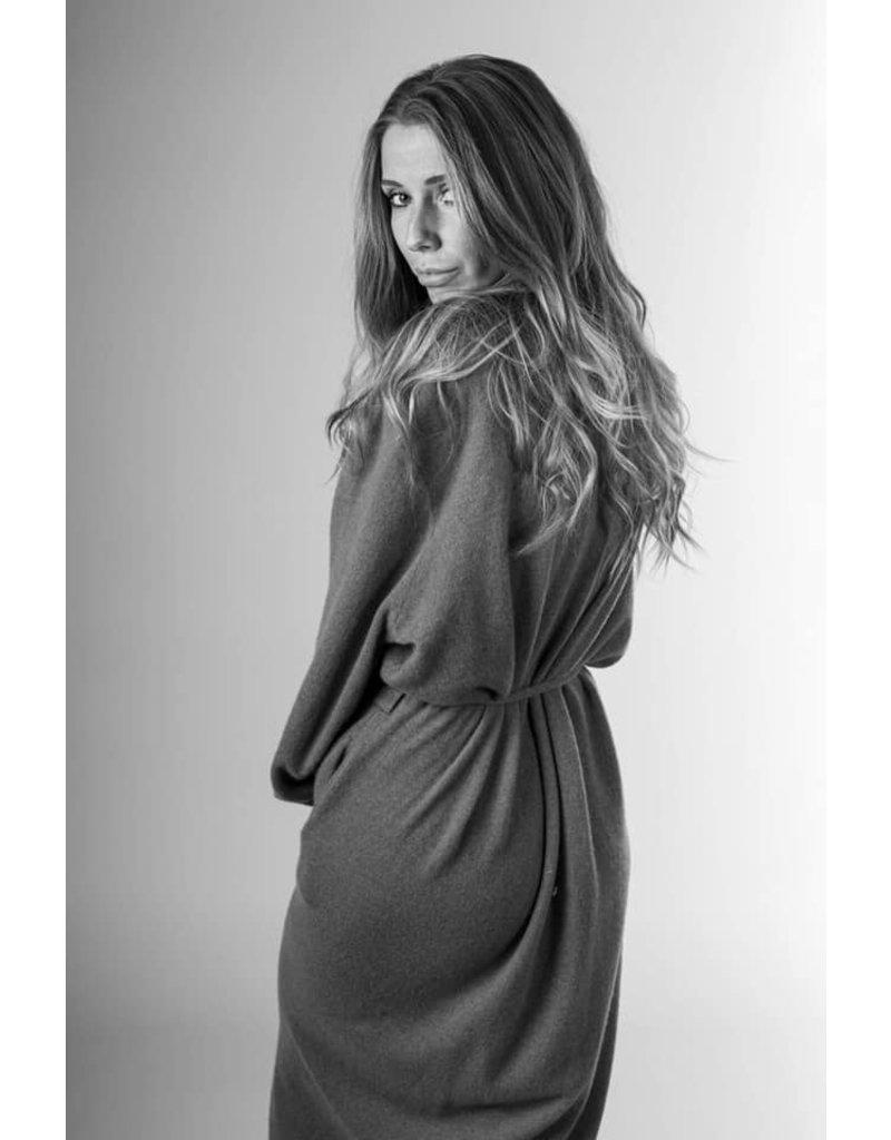 Anna C. F. Anna C.F. Lange vest 100% cashmere