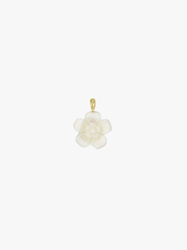 Wildthings Ivory Flower Necklace Pendant Gold