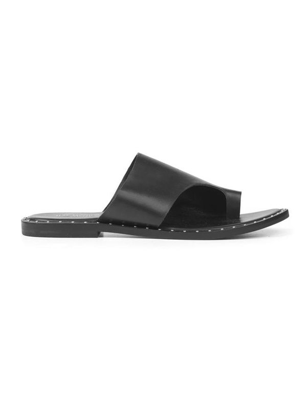 Alma Black Flipflops