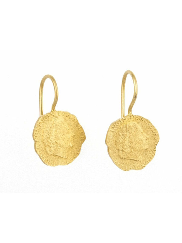Betty Bogaers Ten Cent Earring Gold Plated